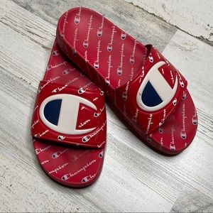✨HP✨•Champion• Big C IPO Sport Slides Youth size 6